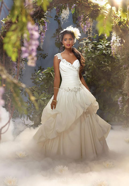 7 wedding dresses inspired by Disney princesses | Stylish Wedding Ideas